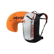Compra Backcountry Patrol AP 30 Kit Black/Tangerine orange